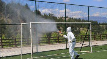 Pamukkale'de spor alanları dezenfekte ediliyor