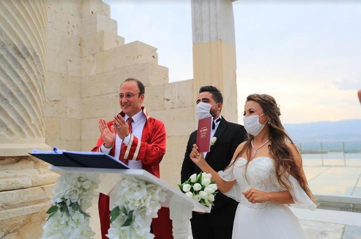 1300 Yıl Sonra Laodikeia'da İlk Nikah
