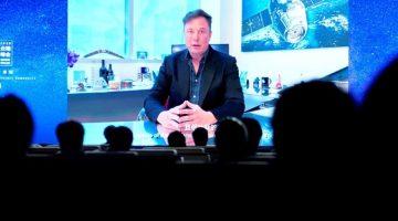 Elon Musk Neuralink çipini tanıttı