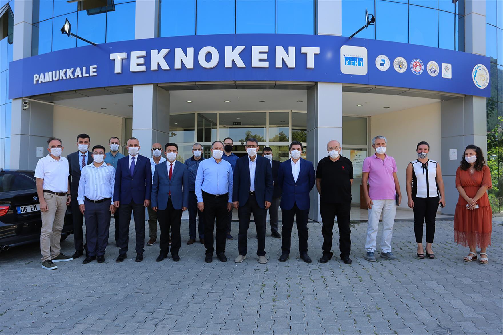 Prof. Dr. Kutluhan, Pamukkale Teknokent'te Bir Dizi İncelemelerde Bulundu
