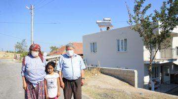 Pamukkale Belediyesi Evi Yanan Çabuk Ailesinin Yaralarını Sardı