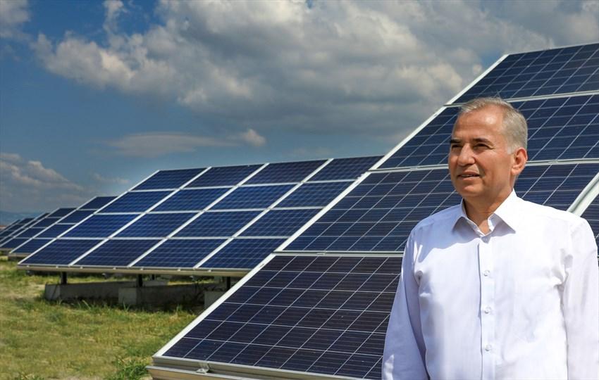 """""""Güneş tarlaları ile 4,1 milyon KWh'lik elektrik enerjisi ürettik"""""""