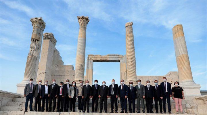 Sanayi ve Teknoloji Bakanı Varank Laodikya'yı ziyaret etti