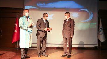 Kutluhan, AYBÜ'nün Akademik Yıl Açılış Törenine Katıldı