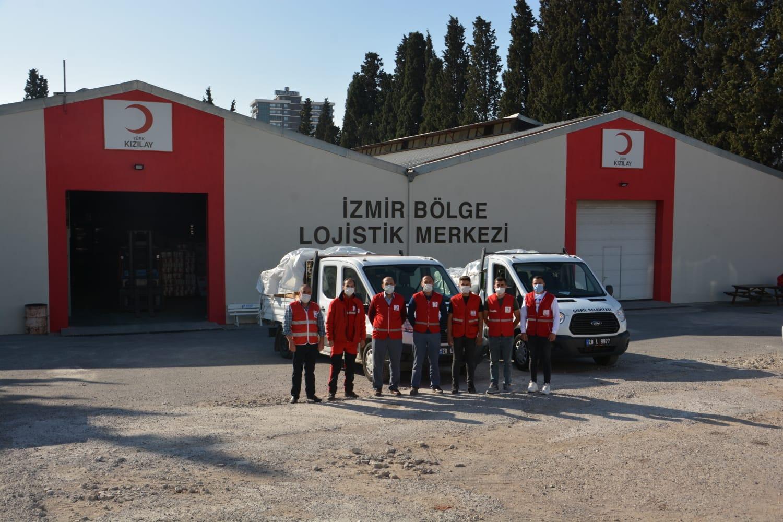 Çivril'de Toplanan Yardımlar İzmir'de