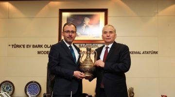 Büyükşehir'in spor yatırımlarına tam not