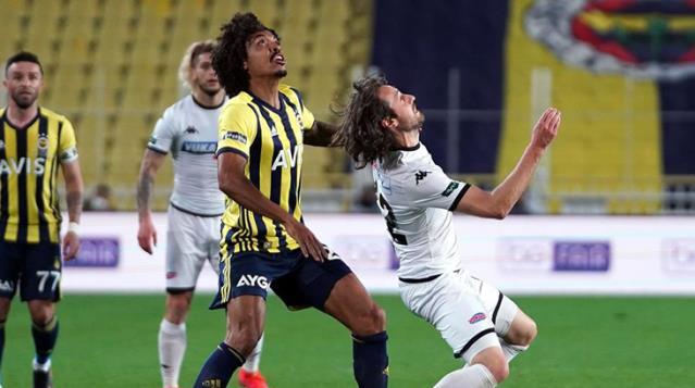 Yukatel Denizlispor Fenerbahçe'ye Mağlup Oldu