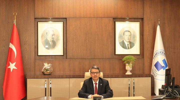 Rektör Kutluhan'dan '15 Temmuz Demokrasi ve Milli Birlik Günü' Mesajı